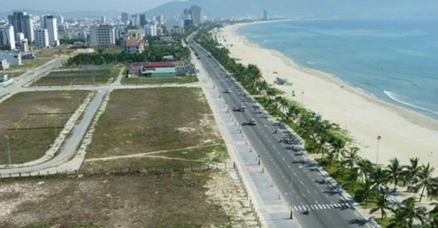 Sự xuất hiện nhiều condotel cao cấp như Tổ hợp giải trí Cocobay, Ariyana Beach Resort & Suites Danang… có khả năng gây dư thừa khiến phân khúc này bị bão hòa.