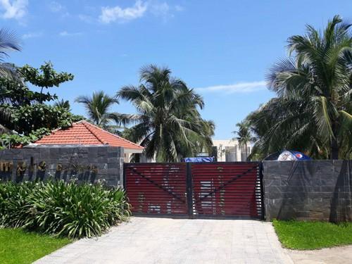 Dự án bị dừng hoạt động kinh doanh lưu trú của Cty San Hô. Ảnh: Nguoitieudung.