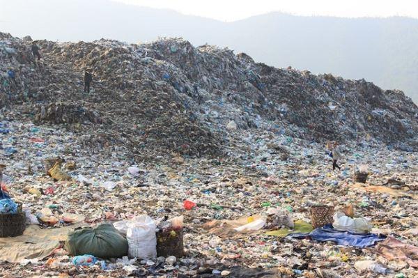 Việc di dời bãi rác Khánh Sơn chuyển qua năm 2022.