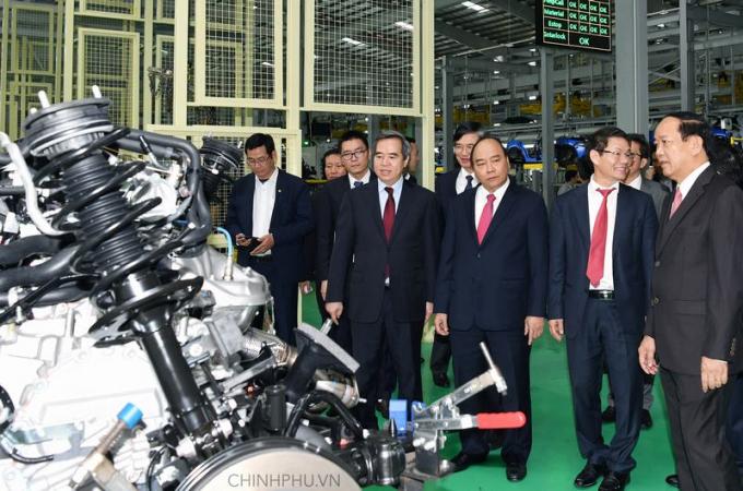 Thủ tướng Nguyễn Xuân Phúc đánh giá cao sự ra đời củaKhu kinh tế mở Chu Lai.Ảnh: VGP/Quang Hiếu.