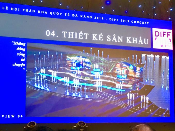 Sân khấu năm nay có màn hình led lớn hơn, các hiệu ứng hình ảnh hiện đại, kỹ thuật tiên tiến, tạo nênn hững cảm xúc đặc biệt phù hợp với nội dung từng đêm trình diễn.