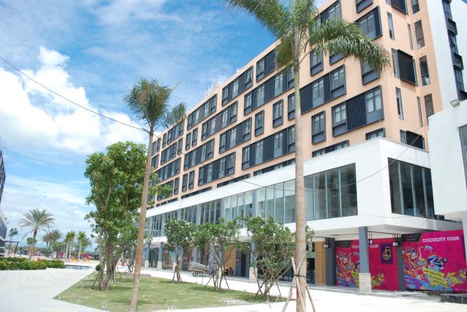 Đối với dự án Khu nghỉ dưỡng và nhà ở cao cấp The Empire, Sở Xây dựng đã cấp phép xây dựng 1.969 căn hộ khách sạn.