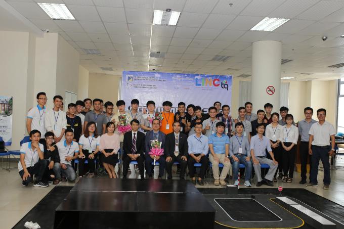 Sinh viên tốt nghiệp chương trình này có cơ hội làm việc tại các công ty tập đoàn quốc tế như Intel, Samsung, Renesas, ACV, Foster...