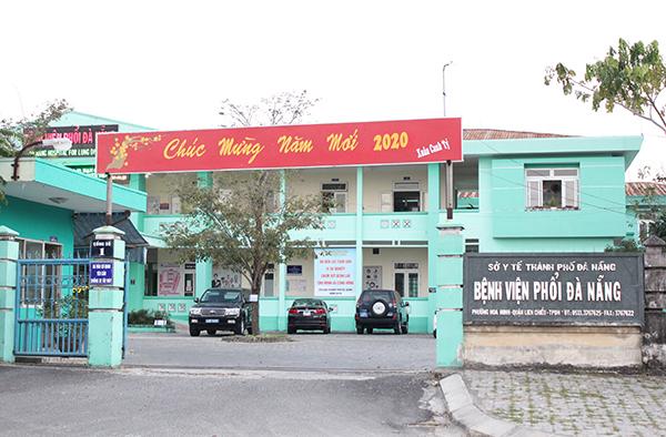 5 công dân Hàn Quốc từ tòa nhà Azura đã đồng ý đến cách ly tập trung tại bệnh viện Phổi Đà Nẵng từ ngày 27/2.