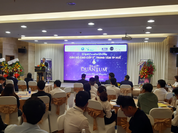 Lễ ký kết và ra mắt thu hút khoảng 300 khách hàng, nhà đầu tư tại Đà Nẵng.
