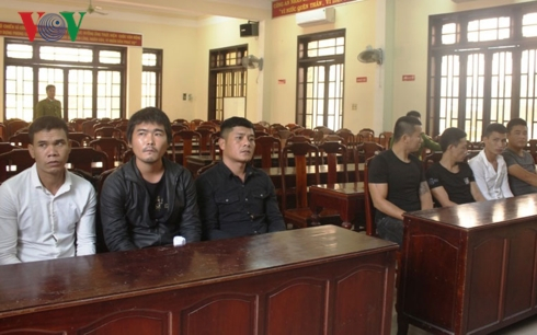 Những đối tượng vừa bị Công an thị xã Hương Thủy khỏi tố.