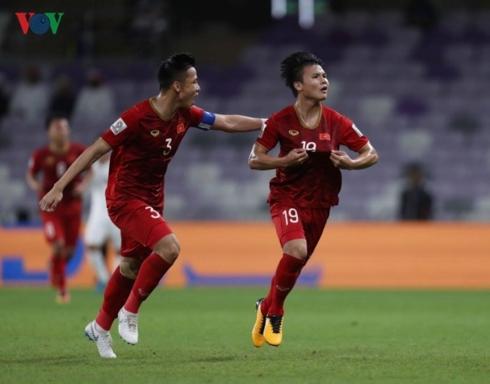 ĐT Việt Nam đã góp mặt ở vòng 16 đội Asian Cup 2019 theo kịch bản khó tin. (Ảnh: CTV Hai Tép).