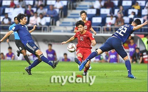 Chơi tốt và điều đáng tiếc nhất là không có bàn thắng mà thôi, nhưng người hâm mộ vẫn có quyền tự hào về tuyển Việt Nam.