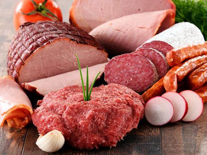 Ăn nhiều thịt chế biến sẵn như xúc xích, giăm bông, thịt xông khói và một số loại thịt nguội, làm tăng nguy cơ ung thư.
