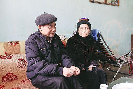 Vợ chồng ông Hoàng Trùng Dương Ảnh: Trường Phong.