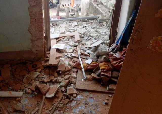 Hiện trường tan hoang sau vụ nổ.