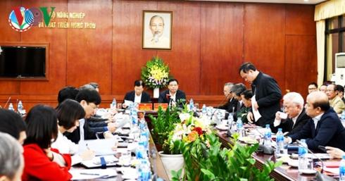 PTT Trịnh Đình Dũng làm việc với Bộ Nông nghiệp về ngăn chặn dịch tả lợn Châu Phi.