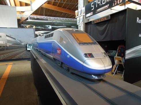 Bộ GTVT đề xuất, Dự án Đường sắt tốc độ cao Bắc - Nam đã đề xuất nhà nước đầu tư khoảng 80%, vốn tư nhân khoảng 20% tổng mức đầu tư.