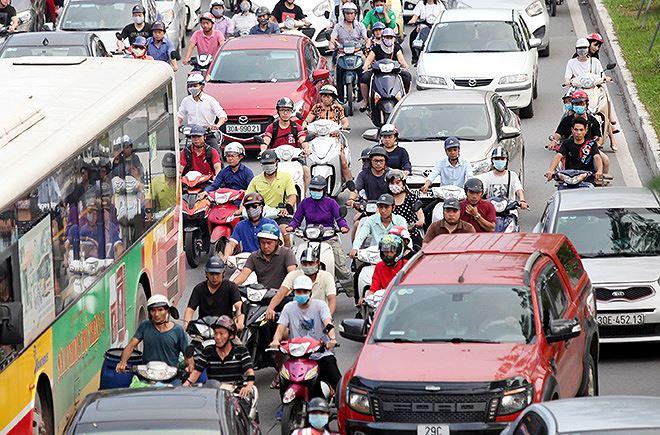 Thành phố Hà Nội, có 2 nguồn gây ô nhiễm chính là tình trạng phá dỡ các công trình xây dựng và giao thông