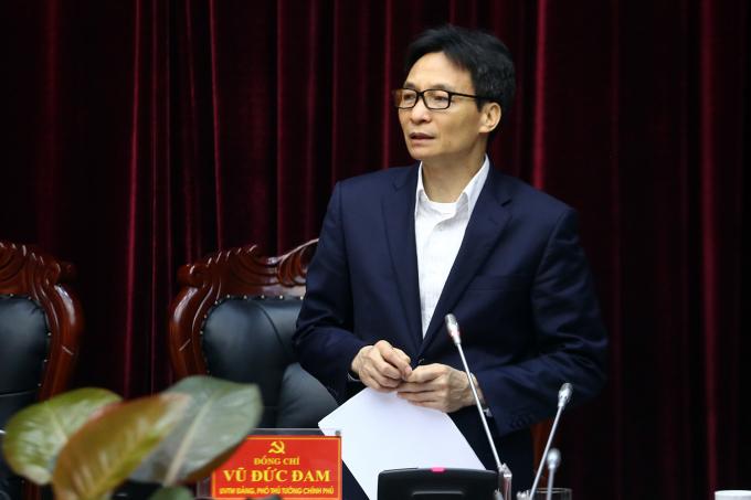 Phó Thủ tướng Vũ Đức Đam làm việc với lãnh đạo chủ chốt tỉnh Điện Biên.