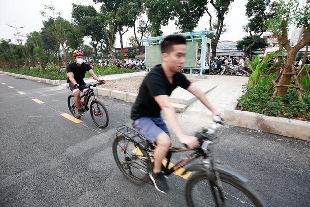 Phương tiện xe đạp được phép di chuyển vào con đường sắp đưa vào sử dụng trong thời gian tới.