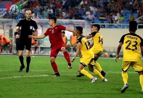 U23 Brunei thậm chí không tung ra một pha dứt điểm nào về phía cầu môn U23 Việt Nam. (Ảnh: CTV Hồng Ngọc).