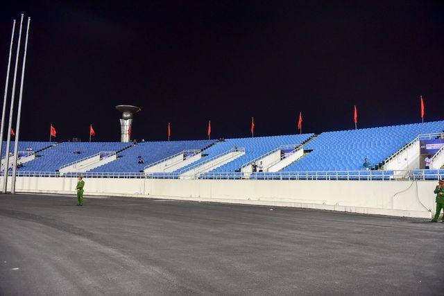 Sân Mỹ Đình vắng khán giả trong ngày U23 Việt Nam thắng U23 Brunei