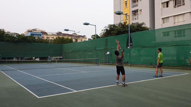 Cư dân Carina chơi thể thao, uống cà phê sau mỗi buổi chiều.
