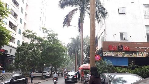 Xung quanh khu đất xin điều chỉnh từ 3 tầng lên 18 tầng của Vinaconex đều là nhà cao tầng.... và khu đất nằm kẹp giữa 2 ngõ nhỏ là 74 và 76 Nguyễn Thị Định.