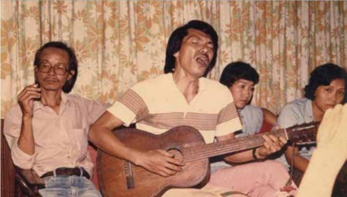Bức ảnh quý về nhạc sĩ Trịnh Công Sơn và nhạc sĩ Trần Tiến.