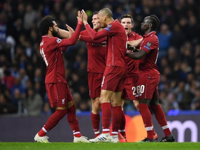 Liverpool đoạt vé bán kết với chiến thắng chung cuộc 6-1