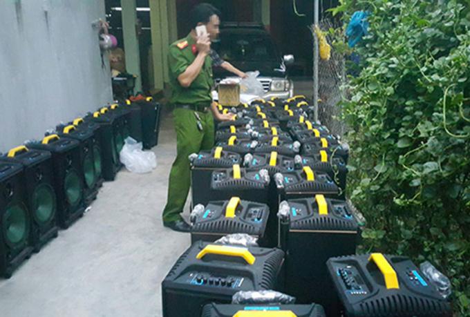 50 loa thùng từng đựng hàng trăm kg ma túy
