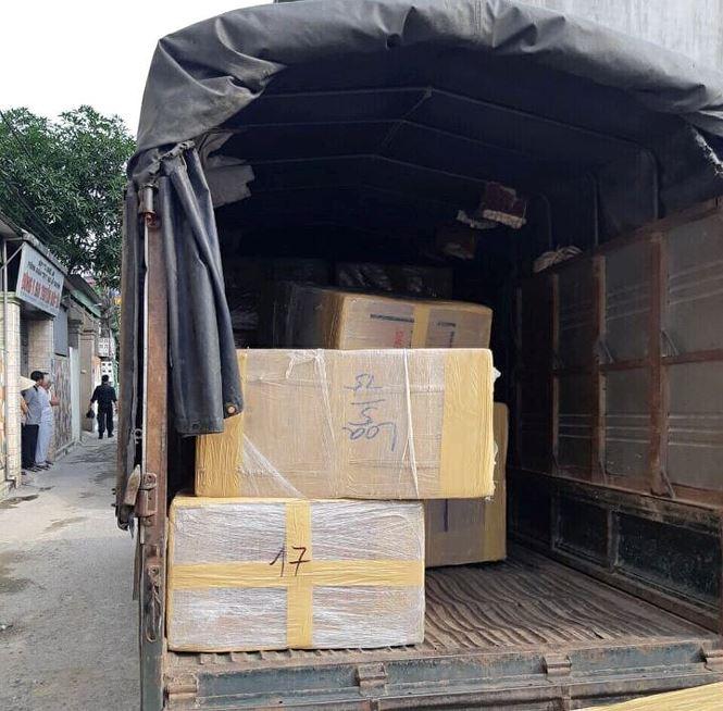 Xe tải được cho là chở hơn 600kg ma túy đá bắt giữ tại TP Vinh, Nghệ An ngày 15/4