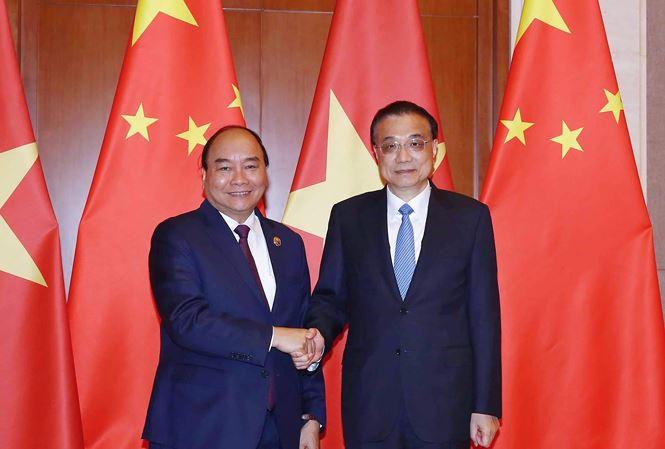 Thủ tướng Nguyễn Xuân Phúc trong cuộc hội đàm với Thủ tướng Trung Quốc Lý Khắc Cường. (Ảnh: Quang Hiếu)