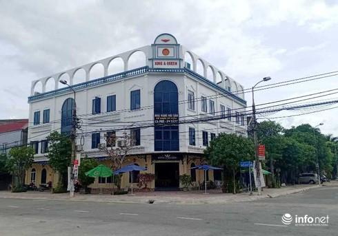 Ở trung tâm của phường Nguyễn Du, lại tiếp giáp hai mặt đường, khu đất này được đánh giá có giá trên 10 tỷ đồng