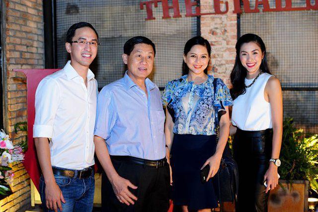 Cùng với ACV, nhóm cổ đông liên quan đến gia đình nhà chồng Tăng Thanh Hà chiếm phần lớn cổ phần Sasco