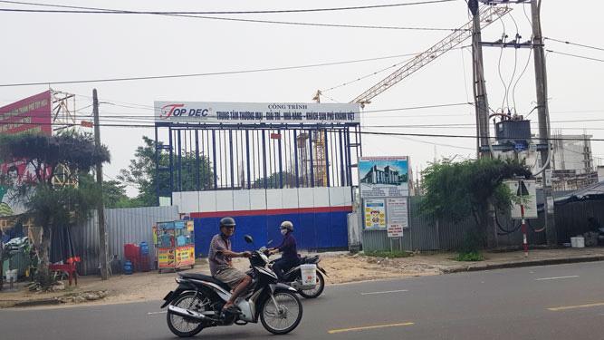 Dự án Trung tâm thương mại, giải trí, nhà hàng, khách sạn Phú Khánh Việt đang bị tạm đình chỉ thi công