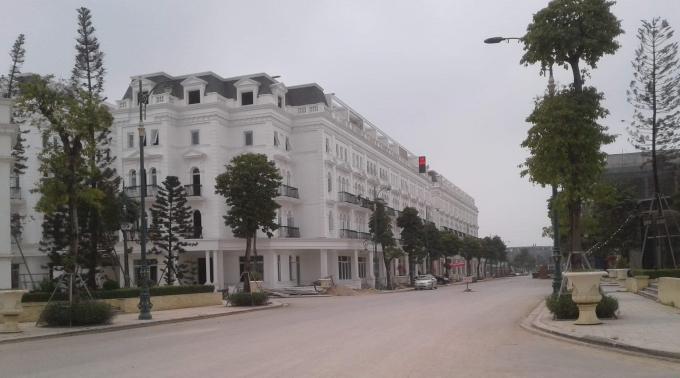 Trong khi dự án BT chưa hoàn thành thì trên phần đất đối ứng Công ty Lã Vọng đã xây dựng hàng trăm căn nhà liền kề để bán, thu về hàng nghìn tỷ đồng.