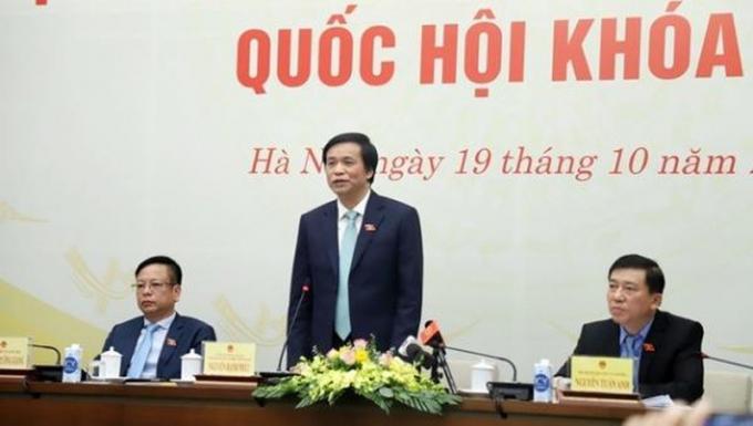Tổng Thư ký Quốc hội Nguyễn Hạnh Phúc chủ trì buổi họp báo về dự kiến chương trình kỳ họp 10, Quốc hội khoá XIV.