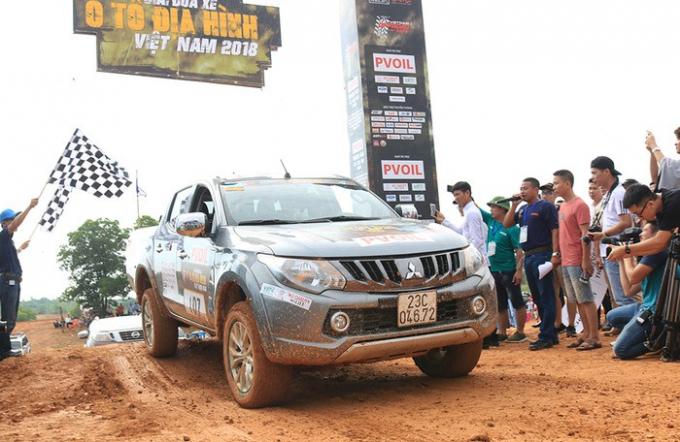 Chính thức khai màn giải đua xe địa hình lớn nhất Việt Nam