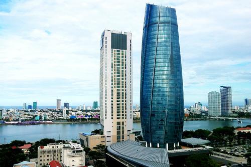 Toà nhà hành chính (hình tròn) của thành phố Đà Nẵng. Ảnh:Nguyễn Đông.