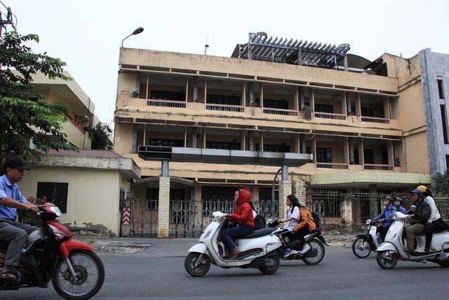 Nhiều trụ sở công của Hà Nội bị bỏ hoang sau 10 năm sáp nhập. (Ảnh: Trần Thanh).