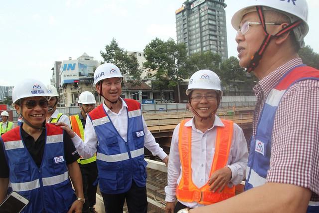"""Tháng 6/2018, Phó Chủ nhiệm Ủy ban Kinh tế Quốc hội Nguyễn Đức Kiên dẫn đầu đoàn công tác vào thị sát tuyến metro số 1 để """"gỡ rối"""" cho TPHCM."""