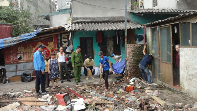 Hoàn thành xuất sắc giải tỏa mặt bằng UBND phường Trương Định được đề xuất khen thưởng đột xuất.