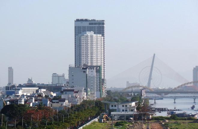 Khu căn hộ Azura cạnh cầu quay Sông Hàn cho phép người nước ngoài sở hữu nhà ở.ẢNH: HOÀNG SƠN.
