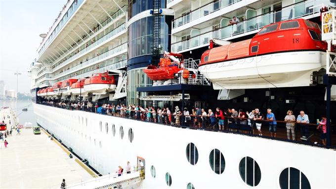 Du lịch tàu biển là lĩnh vực hái ra tiền của nhiều quốc gia.