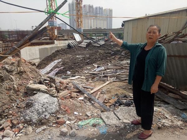 Người dân thôn Triều Khúc, xã Tân Triều bức xúc đặt câu hỏi vì sao một số hộ không có đất bị thu hồi, nhưng vẫn được bố trí tái định cư?