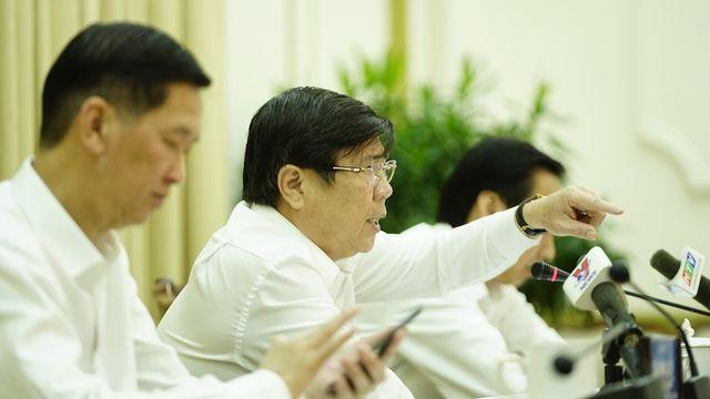 Chủ tịch UBND TPHCM yêu cầu Giám đốc Sở Nội vụ báo cáo tình hình quản lý cán bộ