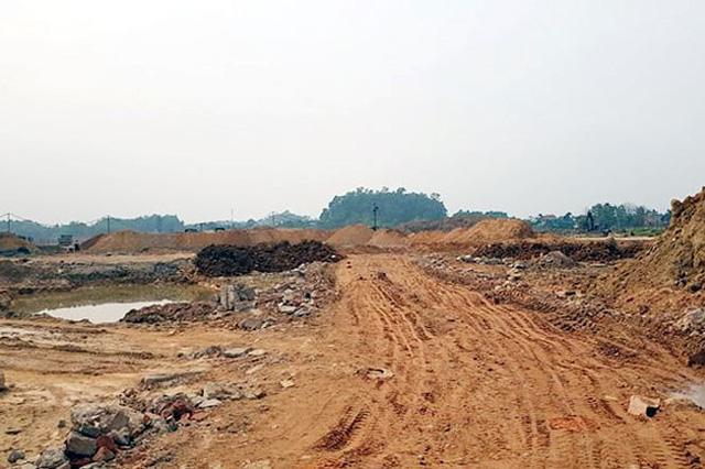 Nhiều hạng mục hạ tầng của dự án đô thị nghìn tỷ trên đất của nhà máy thép vẫn ngổn ngang.