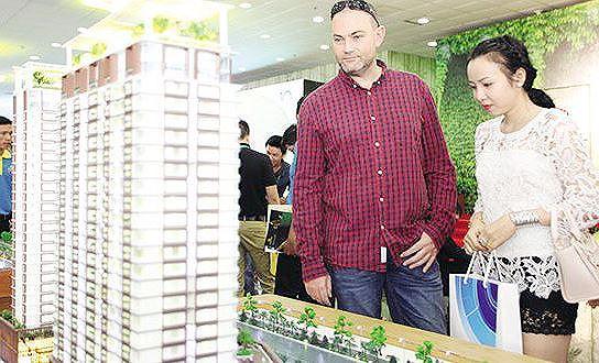 Bộ Xây dựng yêu cầu báo cáo tình hình người nước ngoài, Việt Kiều sở hữu nhà ở tại Việt Nam.