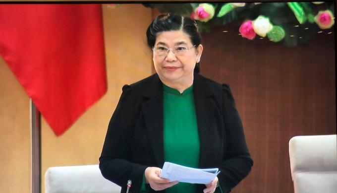 Phó Chủ tịch Quốc hội, Tòng Thị Phóng phát biểu tại phiên họp. Ảnh: Viết Tôn.