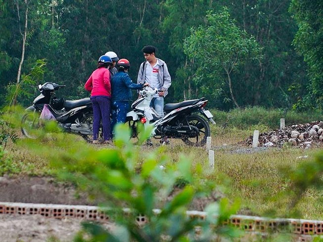 Địa ốc 7AM: Băm nát đất nông nghiệp ở Bình Chánh, dự án lấn sông Hàn không thông qua đấu giá