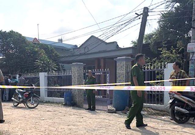 Hiện trường vụ án là căn nhà cấp 4 nằm sát ven sông Đồng Nai.