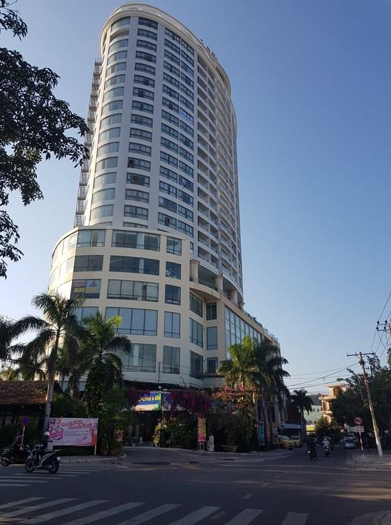 Khách sạn Bavico xây dựng trên đất quốc phòng.