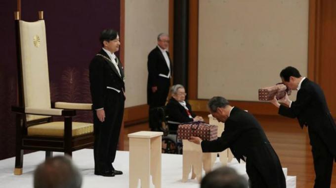 Hoàng Thái tử Nhật Bản Naruhito, sáng nay (1/5), lên ngôi Hoàng đế nước này với niên hiệu Lệnh Hòa (Reiwa - Sự hòa hợp tốt đẹp). (Ảnh: Reuters)